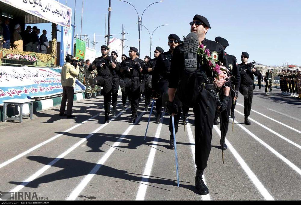 Irán celebra el Día del Ejército con un grandioso desfile