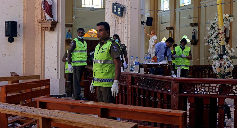 La Policía en el lugar de una de las explosiones en Sri Lanka