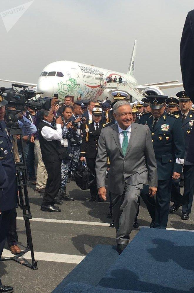 El presidente Andrés Manuel López Obrador llega a la FAMEX 2019