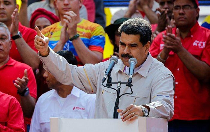 Maduro asegura que Venezuela tiene buenas armas gracias a Rusia y que puede defenderse