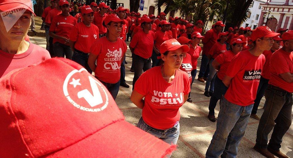 Diosdado Cabello denuncia que la vida de Evo Morales está en peligro