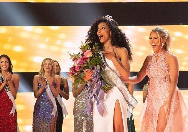Cheslie Kryst, miss EEUU 2019