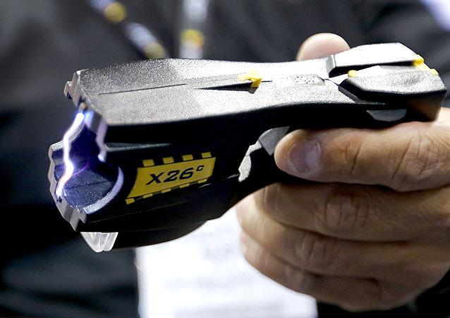 Pistola de descarga eléctrica (imagen referencial)