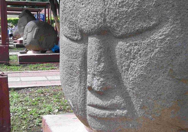 Esculturas precolombinas Los Barrigones
