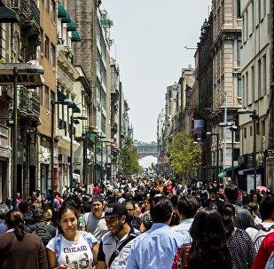 La gente en las calles de Ciudad de México (archivo)