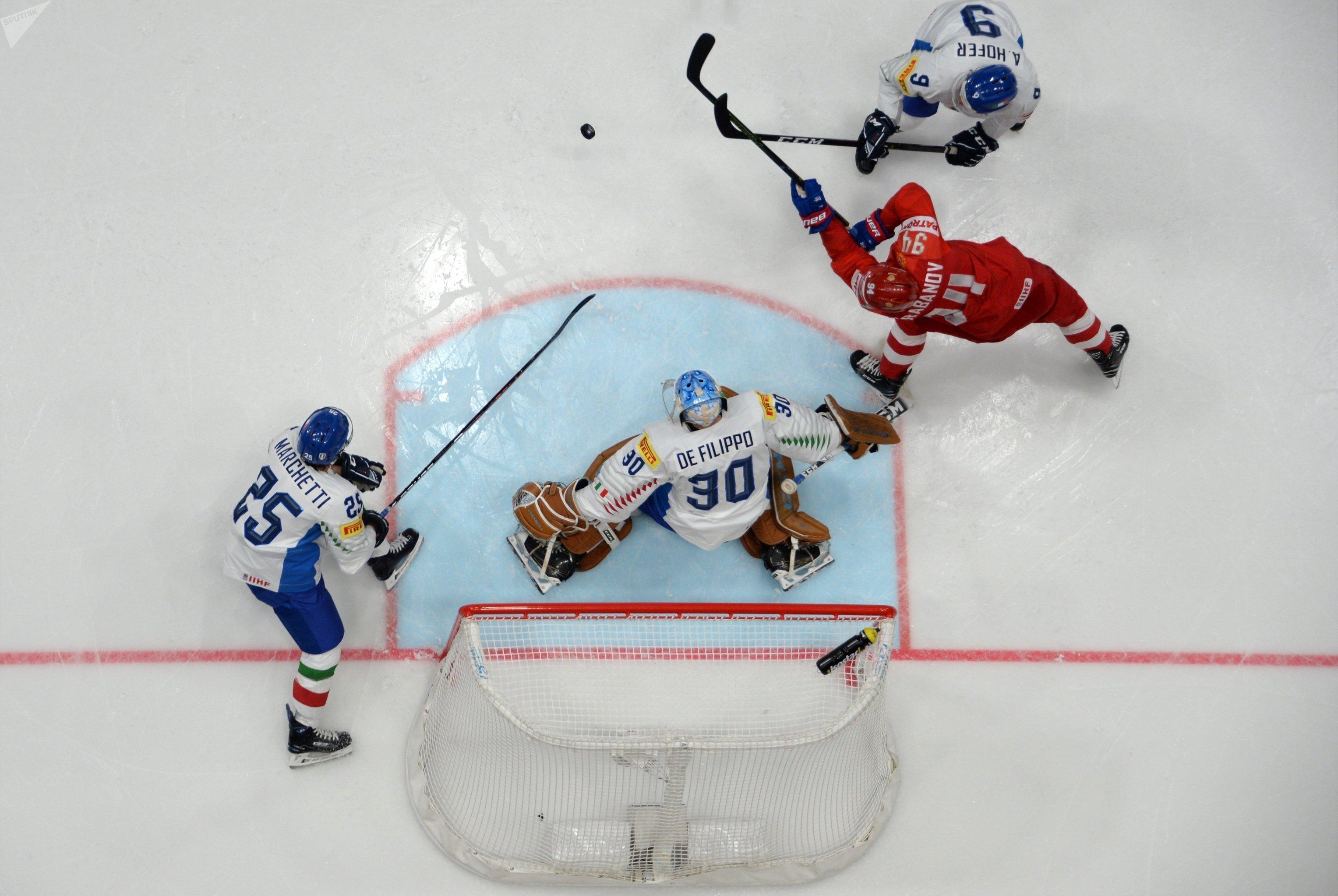El partido de hockey sobre hielo entre Rusia e Italia