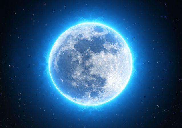 Una luna azul, referencial