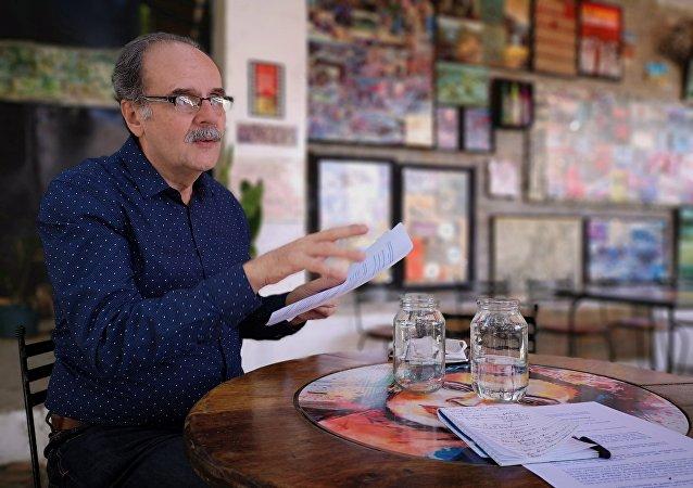 Enrique Ochoa Antich, escritor y político venezolano