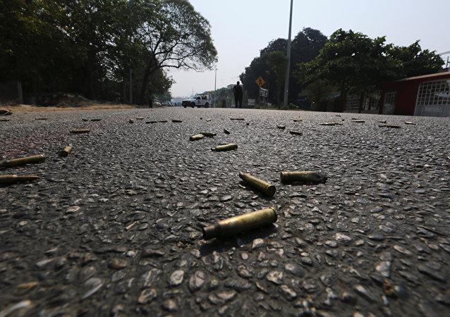 Balas en una calle (imagen referencial)