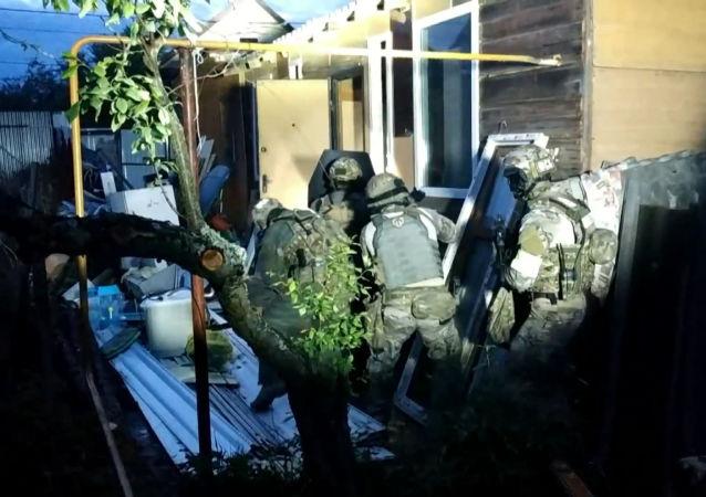 Las fuerzas de seguridad acorralan y eliminan a terroristas en Rusia
