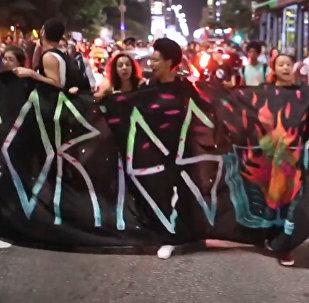 Protestas masivas en Sao Paulo contra los recortes en educación