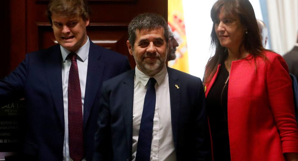 Jordi Sànchez, el preso independentista catalán (centro)