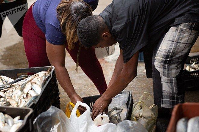 Esta semana, en el mercado de la comuna Altos de Lídice había abundantes pescados a la venta