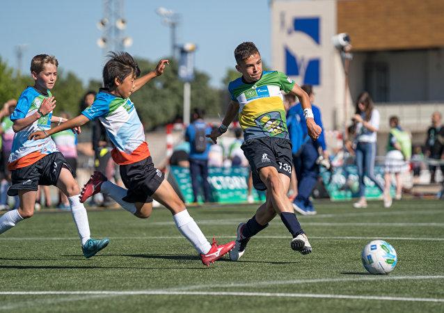Un partido de fútbol celebrado en el marco del programa social infantil 'Fútbol por la amistad'