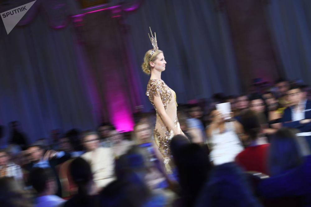 La belleza de la modestia: los Días de la Moda Árabe en Moscú