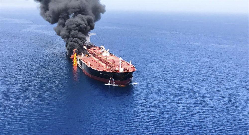 Uno de los petroleros atacados en el golfo de Omán
