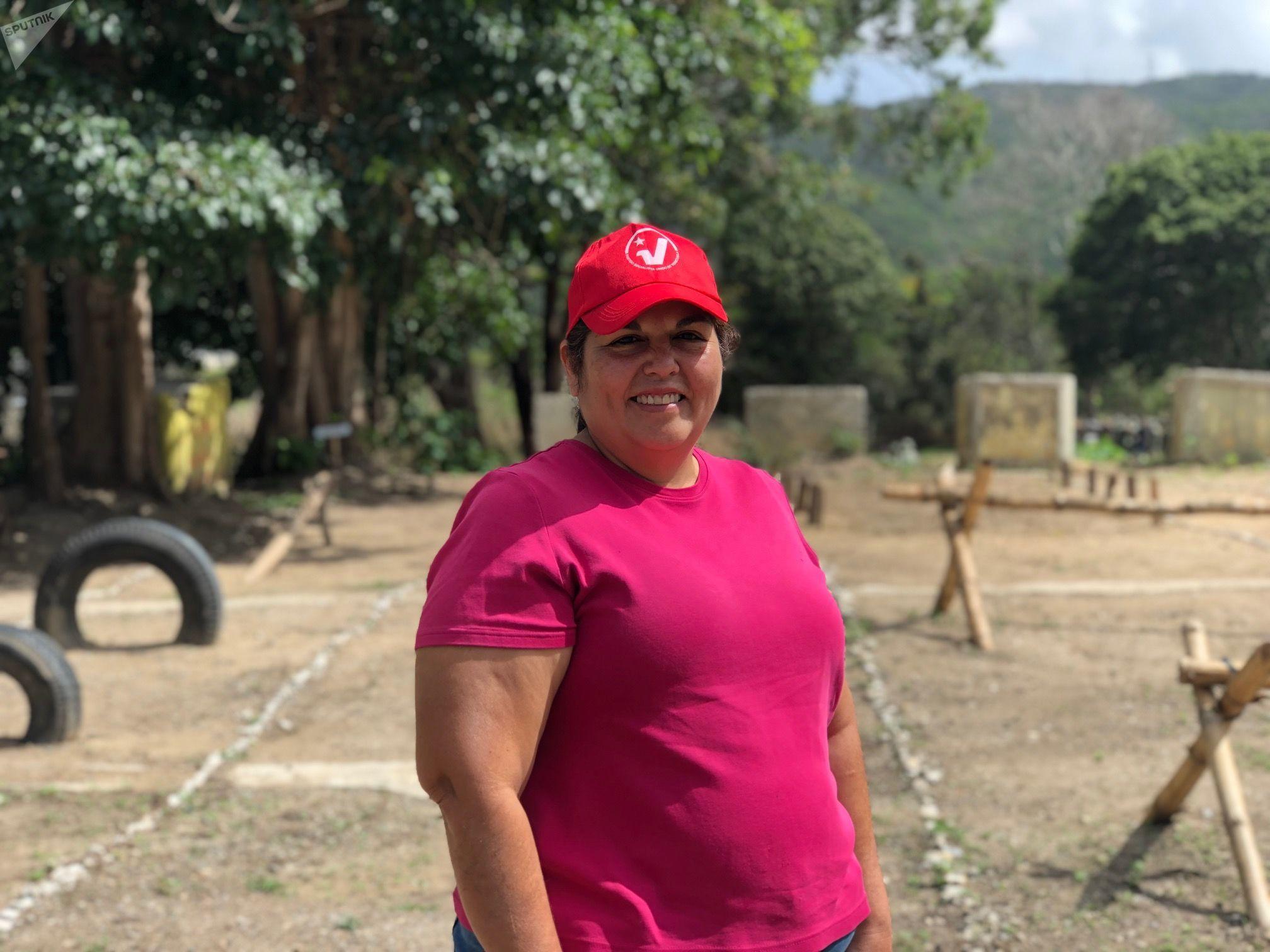 Astrid Villalobos tiene 56 años y participa de los entrenamientos populares del Método Táctico de Resistencia Revolucionaria