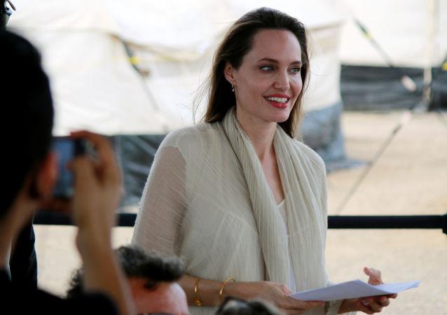 Angelina Jolie, actriz hollywoodense