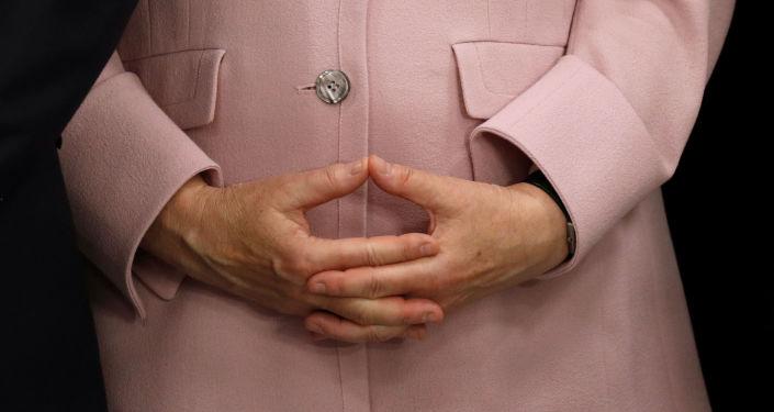 Las manos de la canciller alemana, Angela Merkel