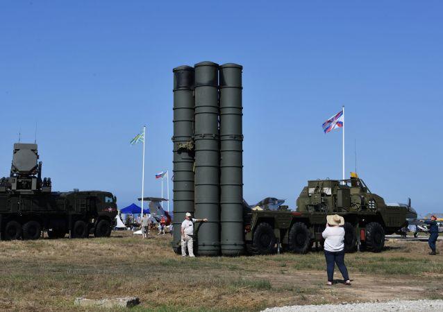 El sistema S-400 ruso (archivo)