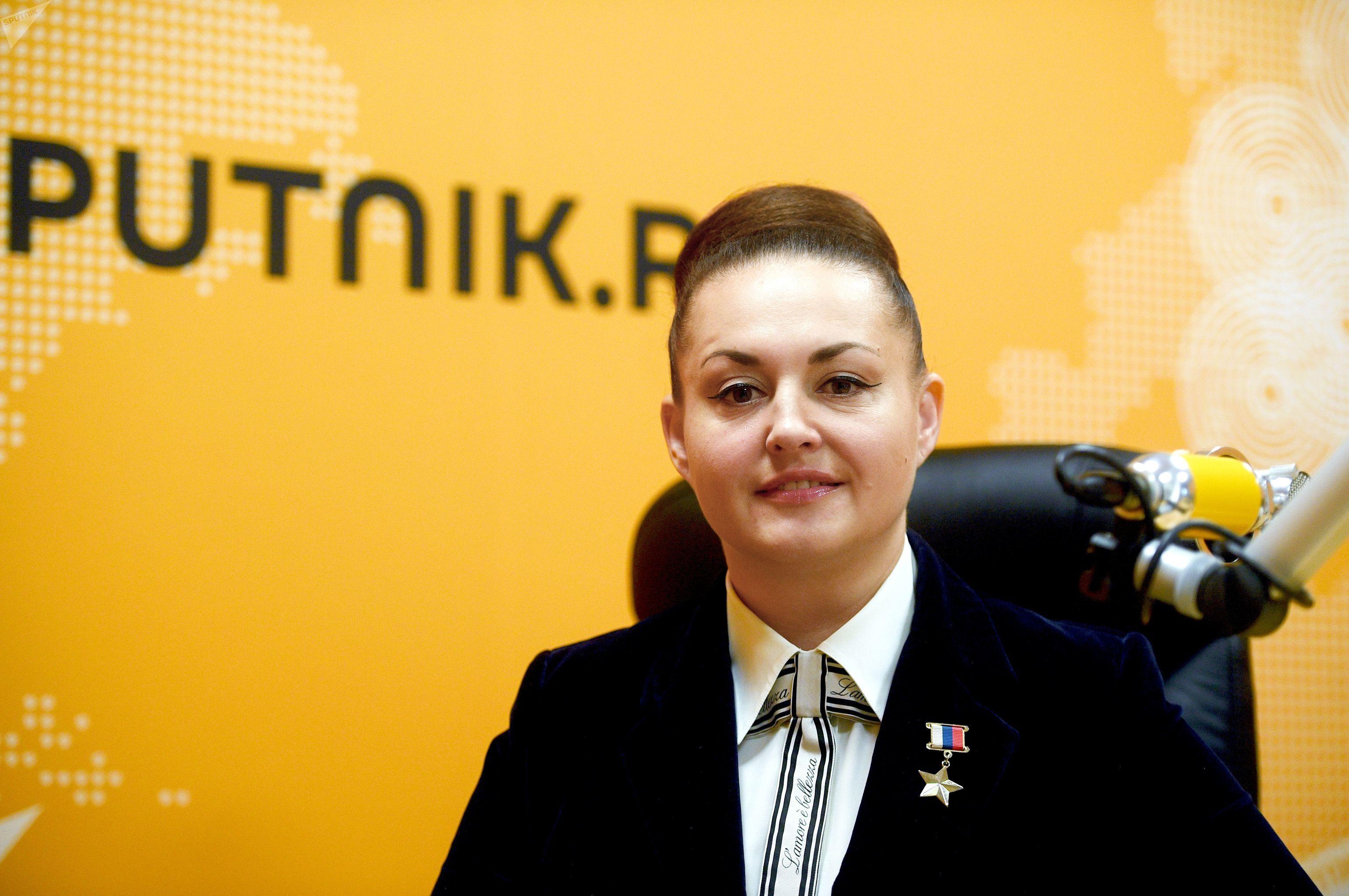 Elena Serova, cosmonauta rusa, durante su visita al estudio de Radio Sputnik, en Moscú