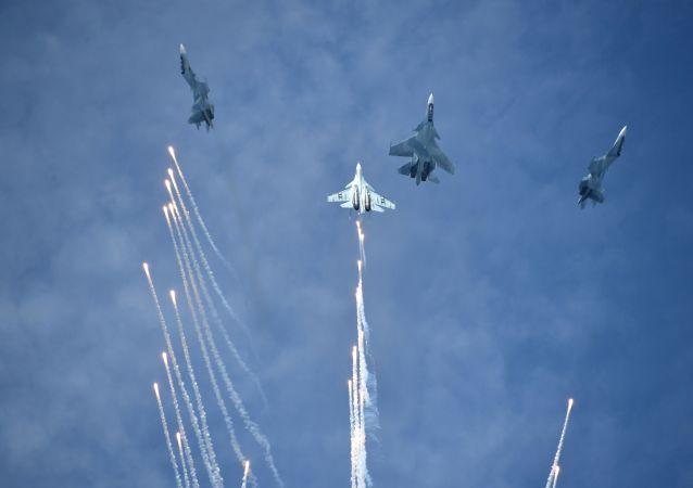 Concurso de aviones militares Aviadarts 2019