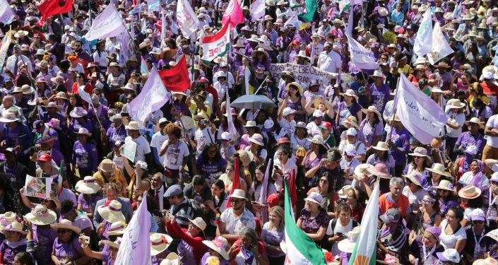Marcha de las Margaritas en Brasilia