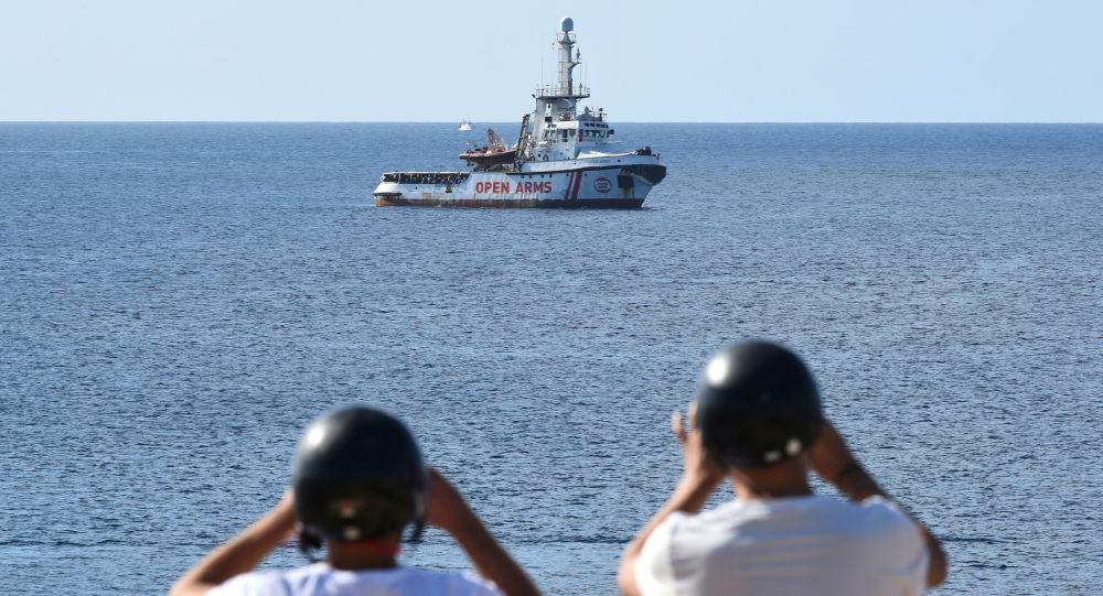 Barco de rescate Open Arms