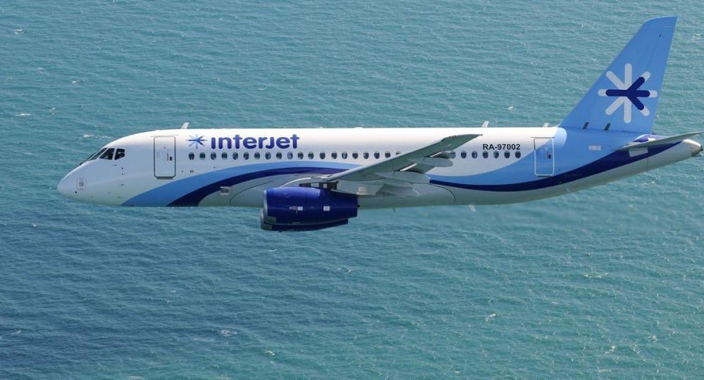 Un SSJ100 de la aerolínea Interjet