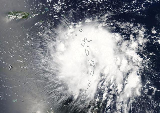 La tormenta tropical Dorian sobre las Islas de Sotavento