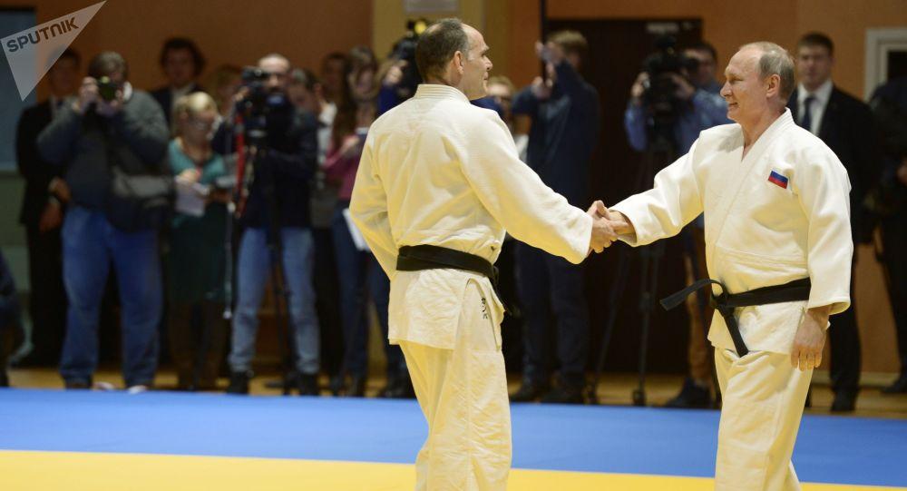 El entrenador de la selección rusa de judo Ezio Gamba y el presidente de Rusia, Vladímir Putin