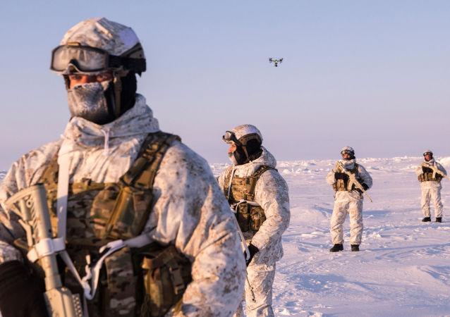 Militares de las Fuerzas especiales de Rusia en el Ártico (imagen referencial)