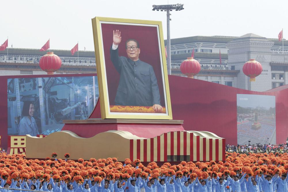 China muestra la grandeza de su Ejército para celebrar su 70 aniversario