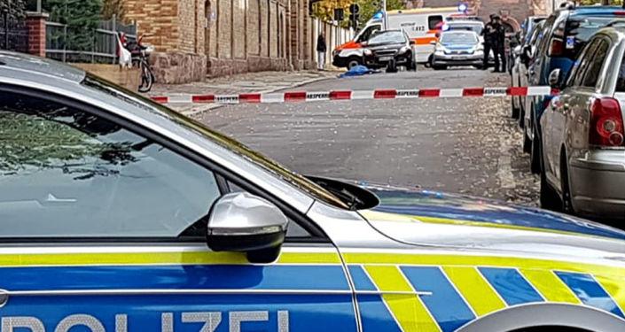 Policía en el lugar del tiroteo en Halle