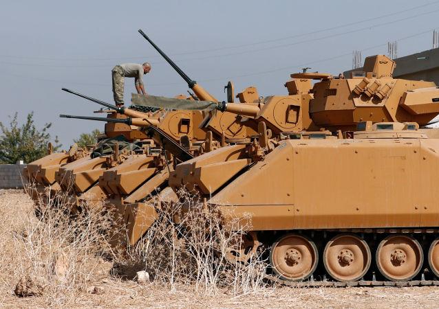 Blindados turcos en Siria