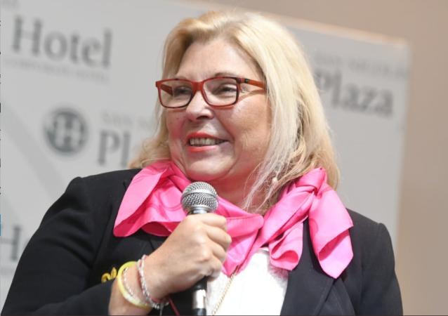 Elisa Carrió, la diputada oficialista