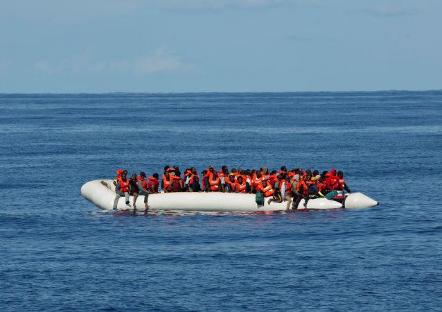 Migrantes rescatados (archivo)