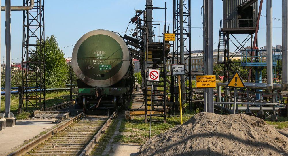 Un vagón cisterna con gasóleo en Rusia