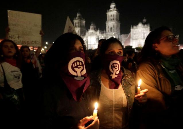 Manifestación conra feminicidios en México