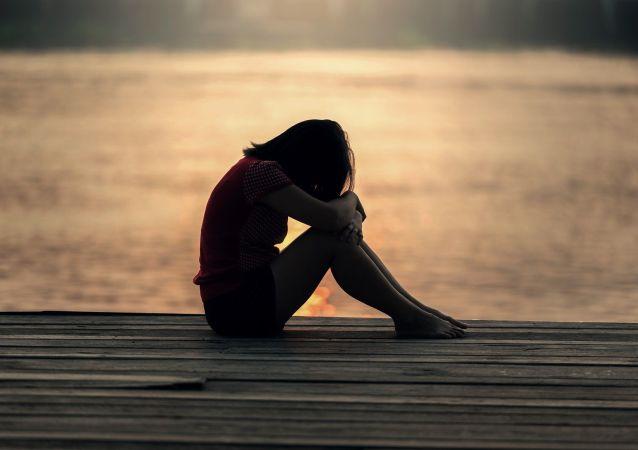 Una mujer triste (imagen referencial)