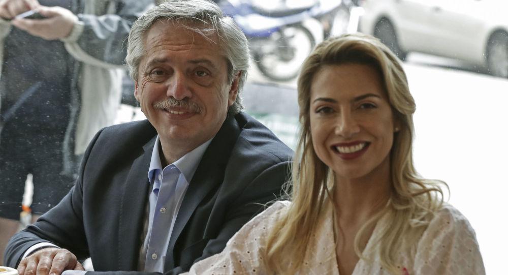 Alberto Fernández y Fabiola Yáñez