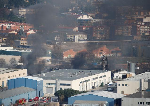 Incendio en una planta de residuos en Barcelona
