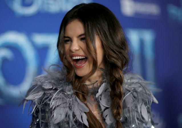 Selena Gomez, cantante estadounidense