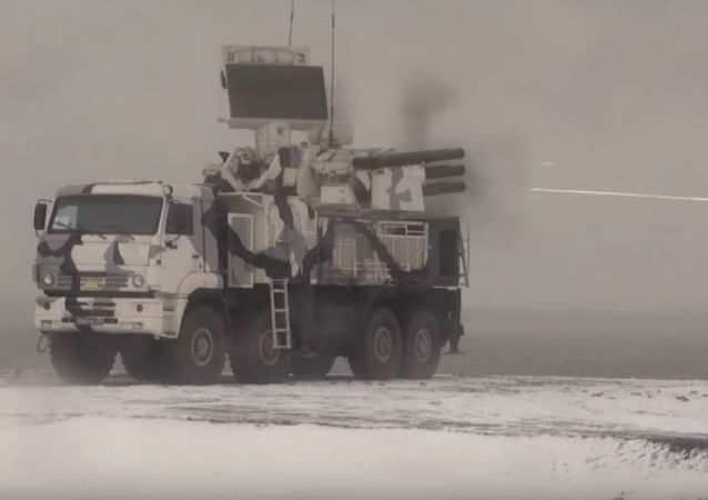 Los sistemas antiaéreos Pantsir-S1 ponen a prueba sus cañones