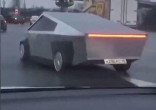 'Cybertruck' avistado en Moscú