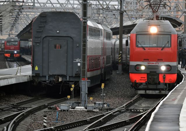 Un tren Tavria de la compañía Grand Service Express