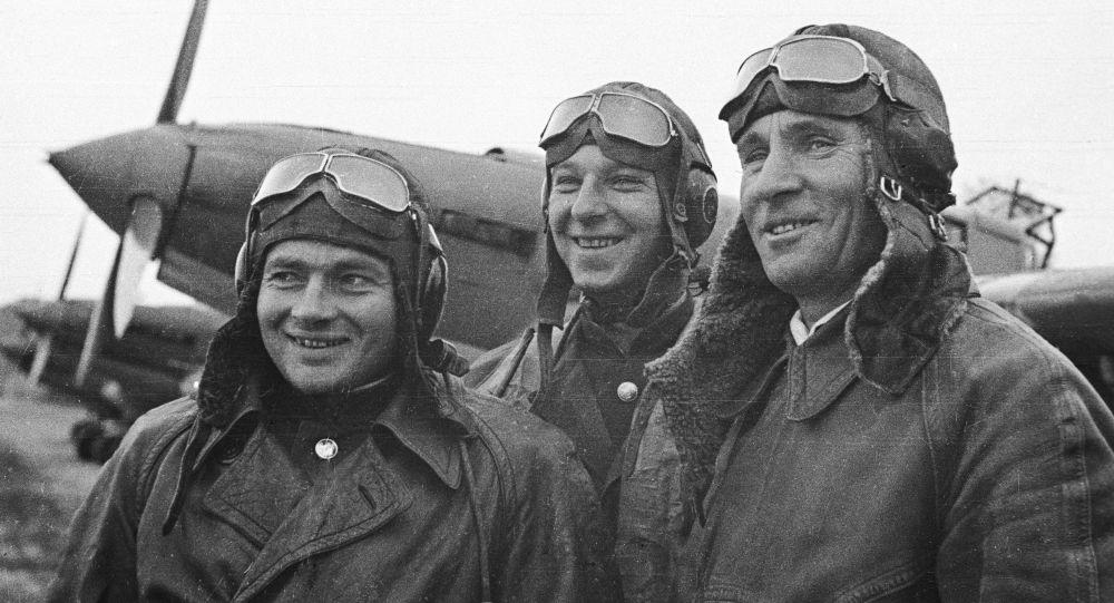Aviadores soviéticos que participaron en la liberación de Corea