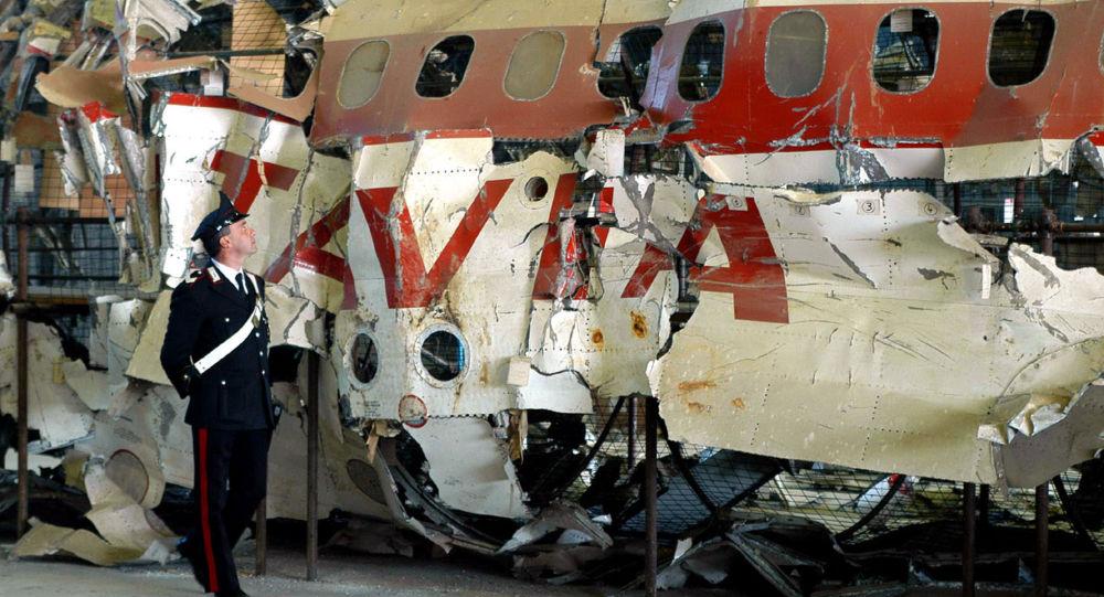 Los restos del avión DC-9-15 de Aerolinee Itavia, derribado en junio de 1980