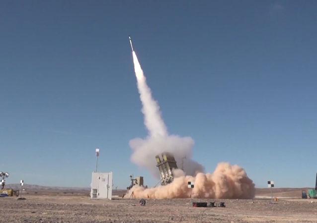 Israel pone a prueba una versión avanzada de su Cúpula de Hierro