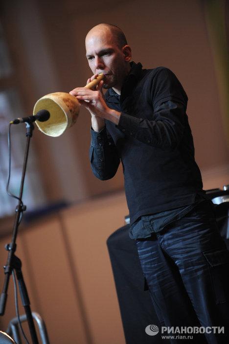 Del escenario a la olla: flautas de zanahoria, violines de puerros y bongos de apio en Moscú